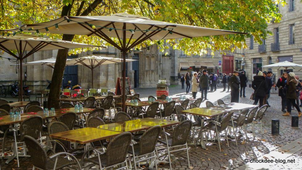 restaurant traditionnel avec terrasse bordeaux centre la terrasse saint pierre. Black Bedroom Furniture Sets. Home Design Ideas